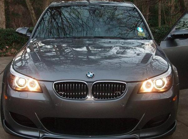 Carbon Fiber bonnet for BMW M5 e60 – Another happy customer