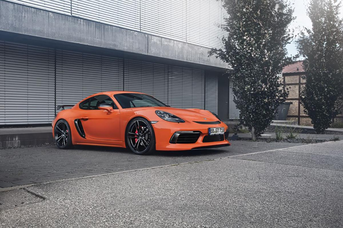 TEACHART Adds Some Fun to the Porsche 718 Boxster and 718 Cayman!