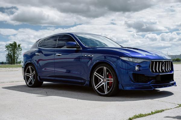 Renegade Maserati Levante body kit