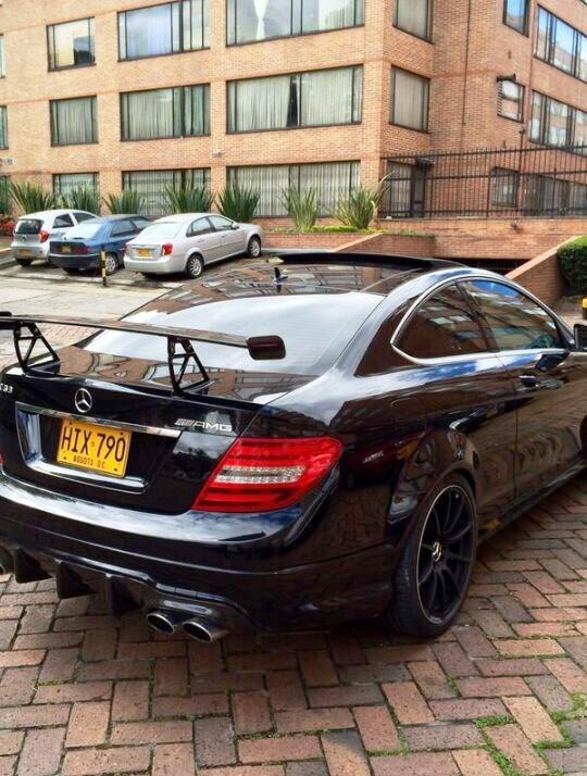 ANOTHER HAPPY CUSTOMER – C63 AMG Black series carbon wing
