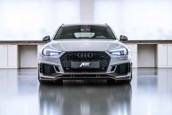 The new ABT Sportsline RS4-R Flexes its 530-HP Muscles in Geneva