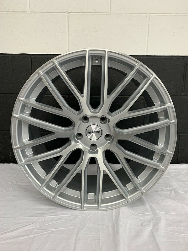 Single Riviera Wheel Machined Face Silver 22x10J