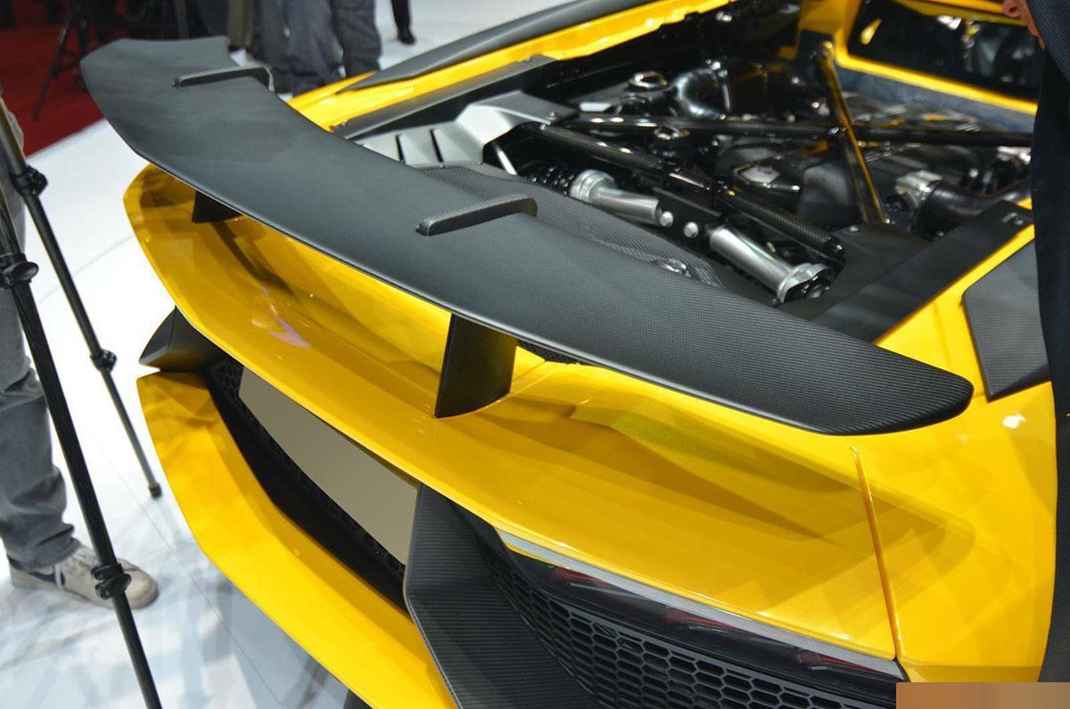 Lamborghini Aventador LP750SV LP700  LP720 LP750-4 SV Carbon Fiber Rear Rear Spoiler
