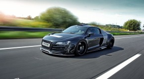 Audi R8 equipped with widebody PD-GT850 Kit tearing up the motorway