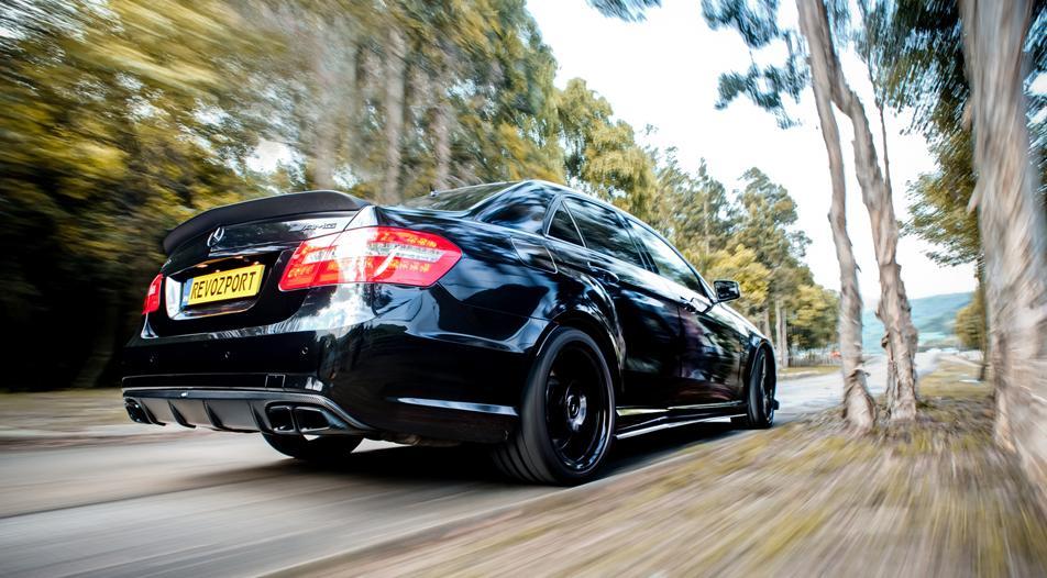Revozport-Mercedes-E63-AMG-carbon-kit-RBS (8)