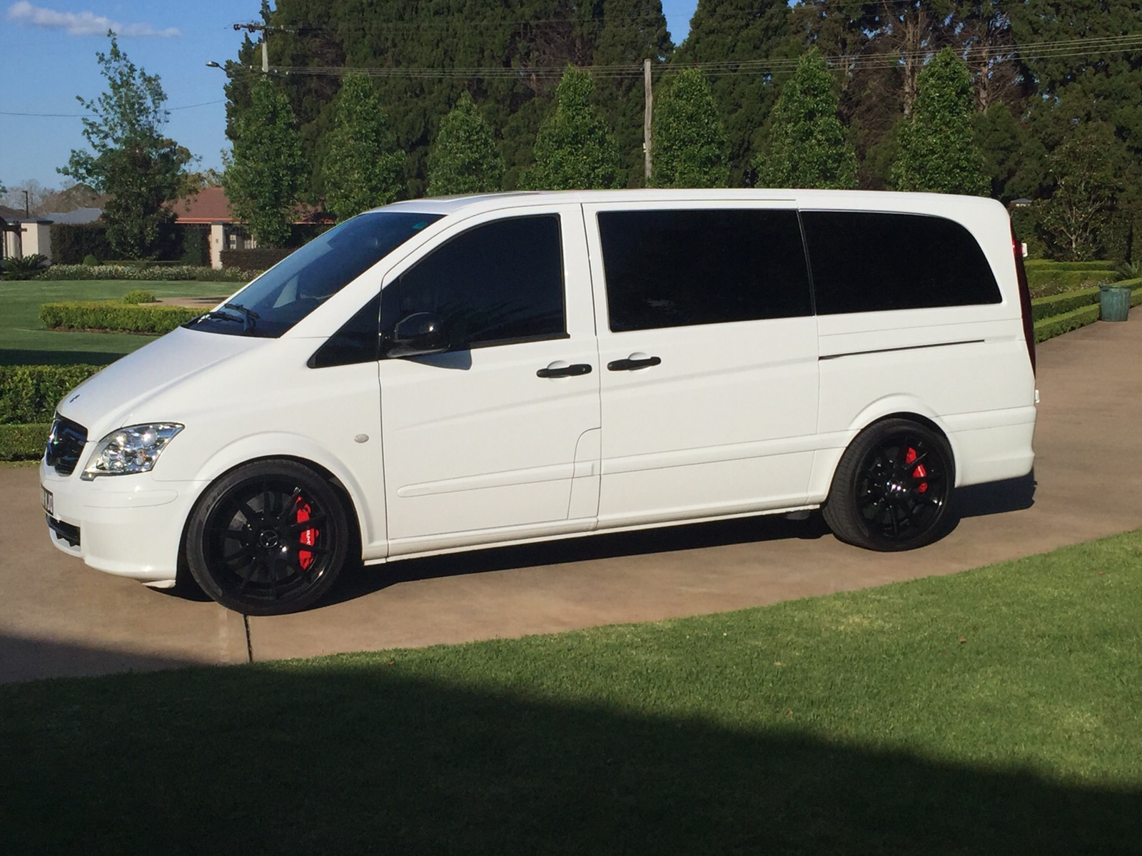 Mercedes Benz Brake Pads And Rotors >> Mercedes Vito on Carbon Ceramic Movit Brakes - Happy Customer ! / Tuning Empire