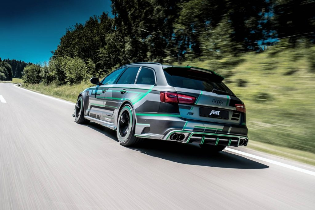 ABT_RS6-E_Concept_driving_3