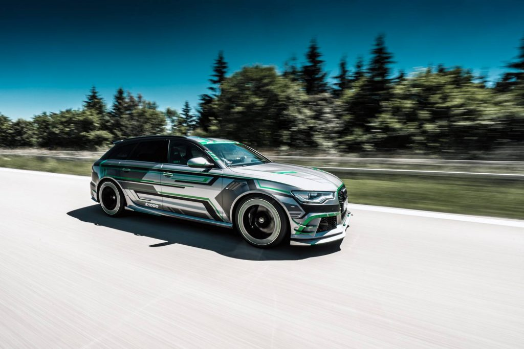 ABT_RS6-E_Concept_driving_8