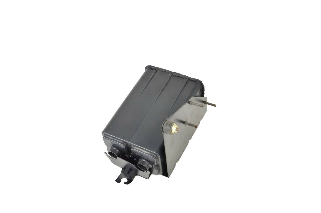Aston-Martin-DB7-Vantage-V12-Carbon-vapor-filter (1)