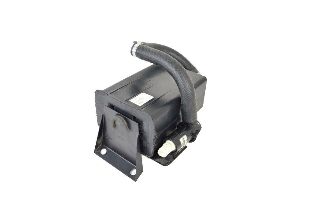 Aston-Martin-DB7-Vantage-V12-Carbon-vapor-filter-with-pipes (3)