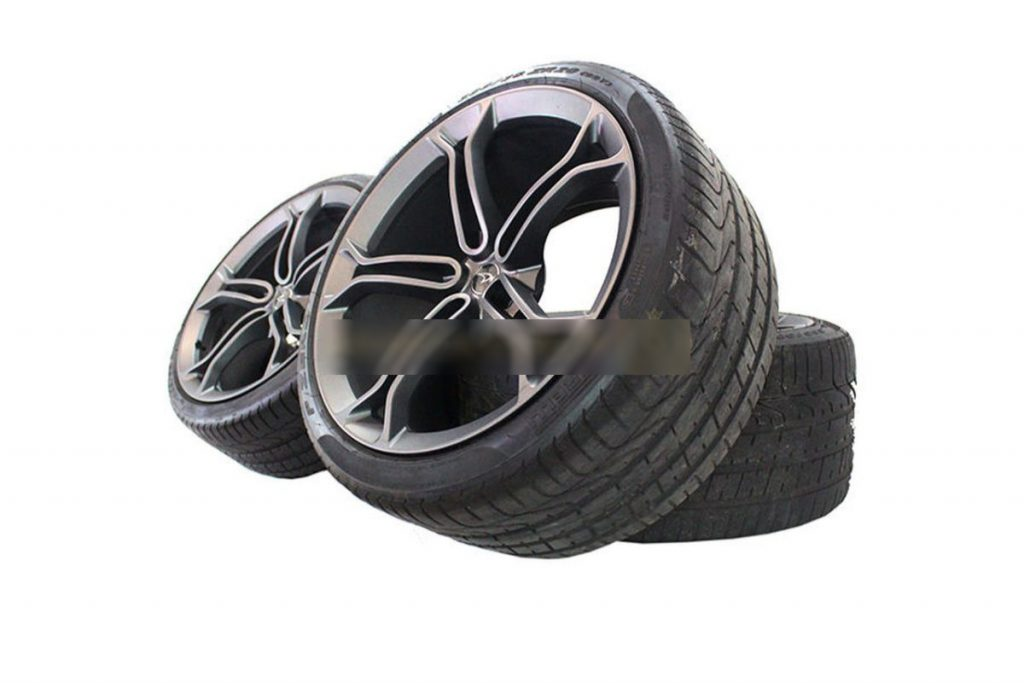 MCLAREN LIGHT WEIGHT STEALTH ALLOY WHEELS WITH DEMO TYRES (8)