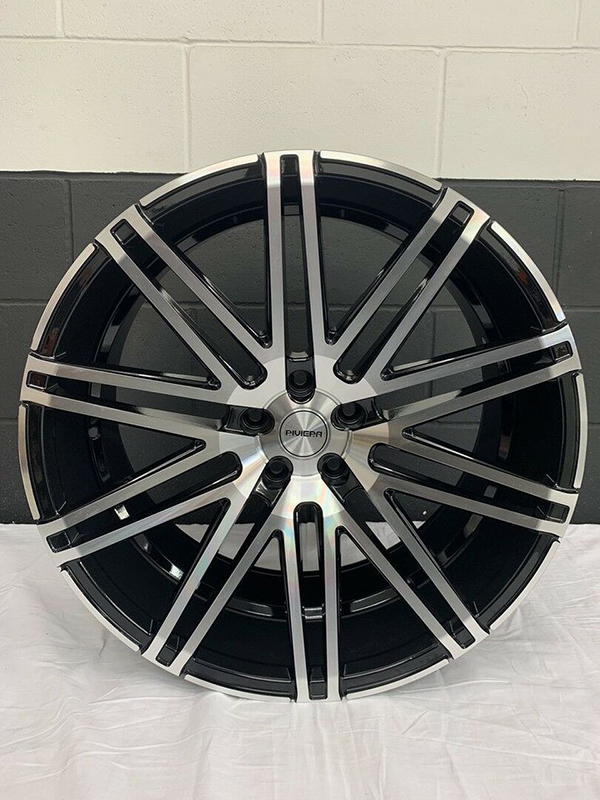 Single Riviera Wheel Gloss Black With Machined Face 22x10.5J